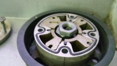 замена фазорегулятора рено меган 2